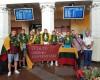 """Portugalijoje triumfavusiems VDU krepšininkams – ąžuolo vainikai ir """"Hummer"""" limuzinas"""