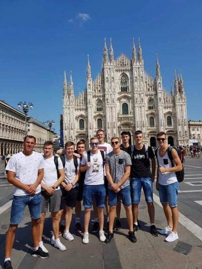LCC Milane kovojo prieš NCAA gigantus