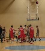 LSKL čempionato starte – grumtynės ir net 16 žaidėjų diskvalifikacija