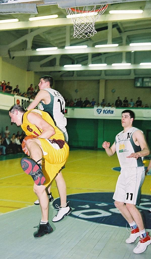 2003 m foto10