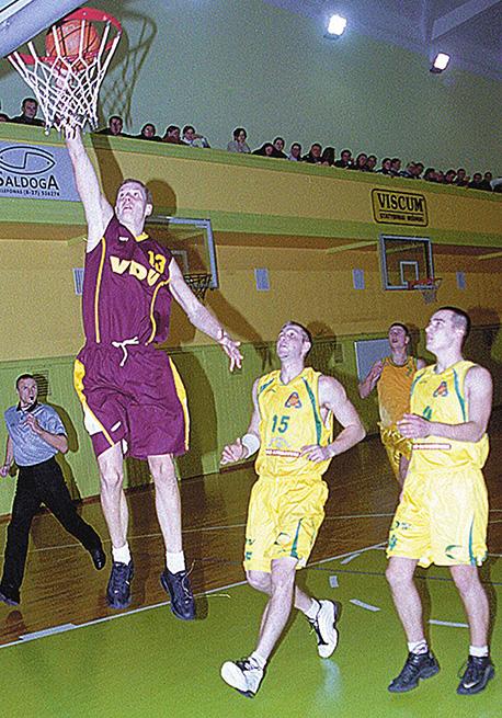 2003 m foto4